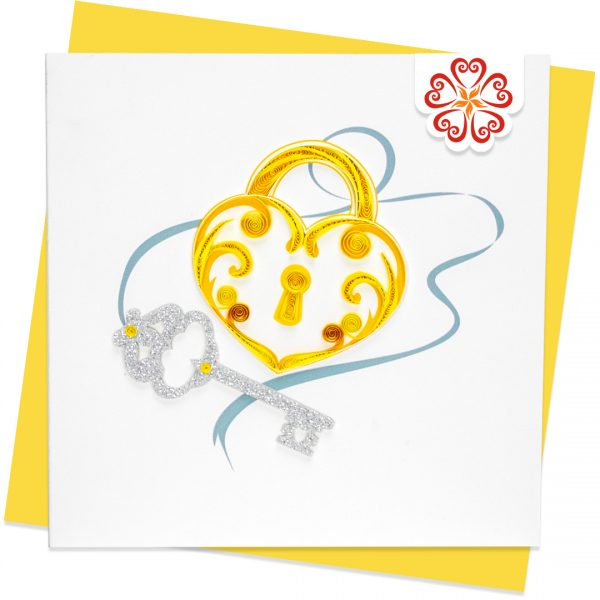 Quilling-Arts-Viet-Net-From-hand-with-love-light-Quilled-greeting-card-15x15cm-Love-golden-lock-silver-key VN2QL115040NN